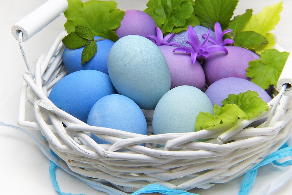 Easter Decoration & Easter Basket Ideas